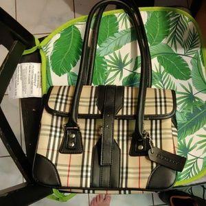 Handbags - Small Burberry bag